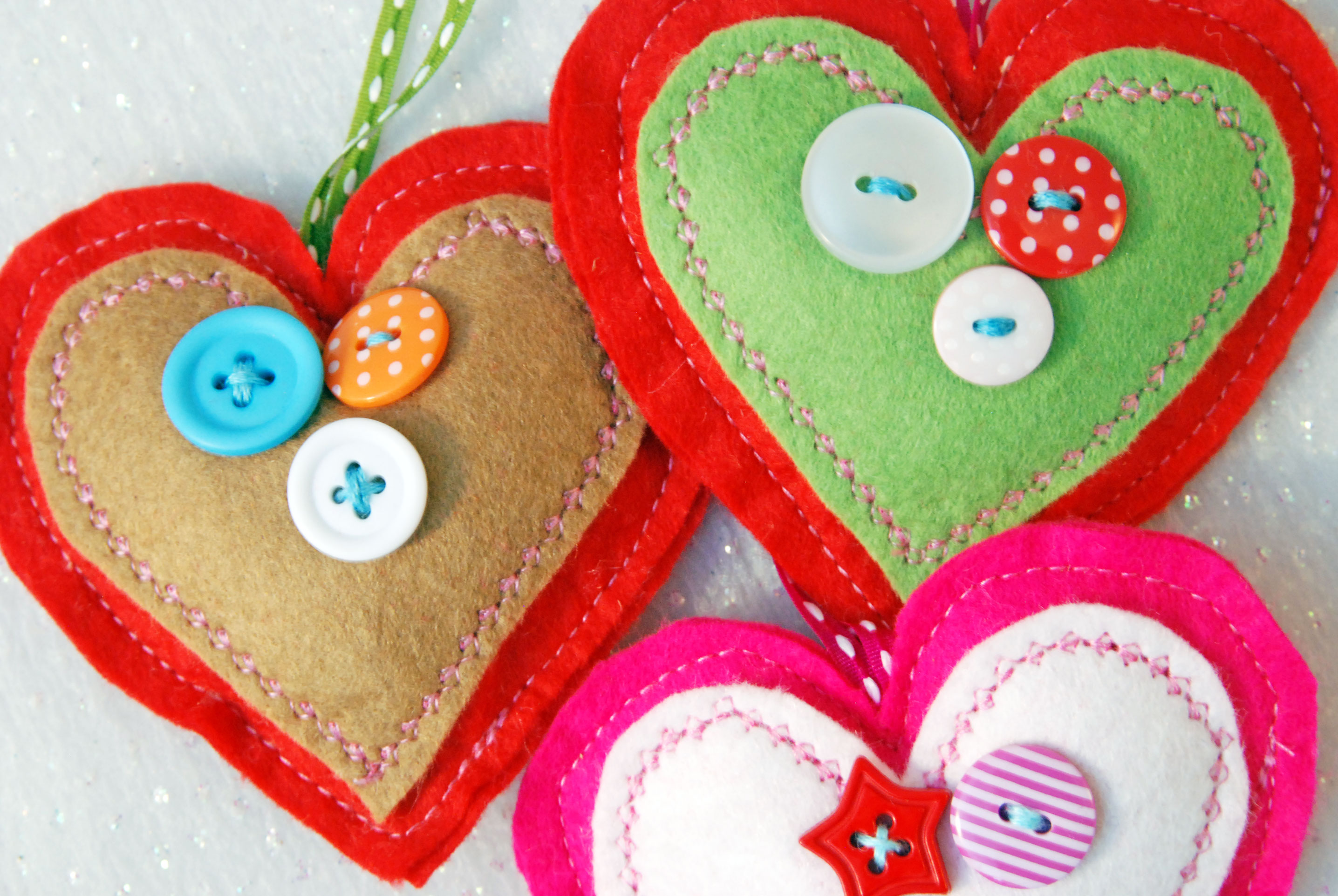 Three felt heart decorations christmas decoration happy for Heart decoration ideas